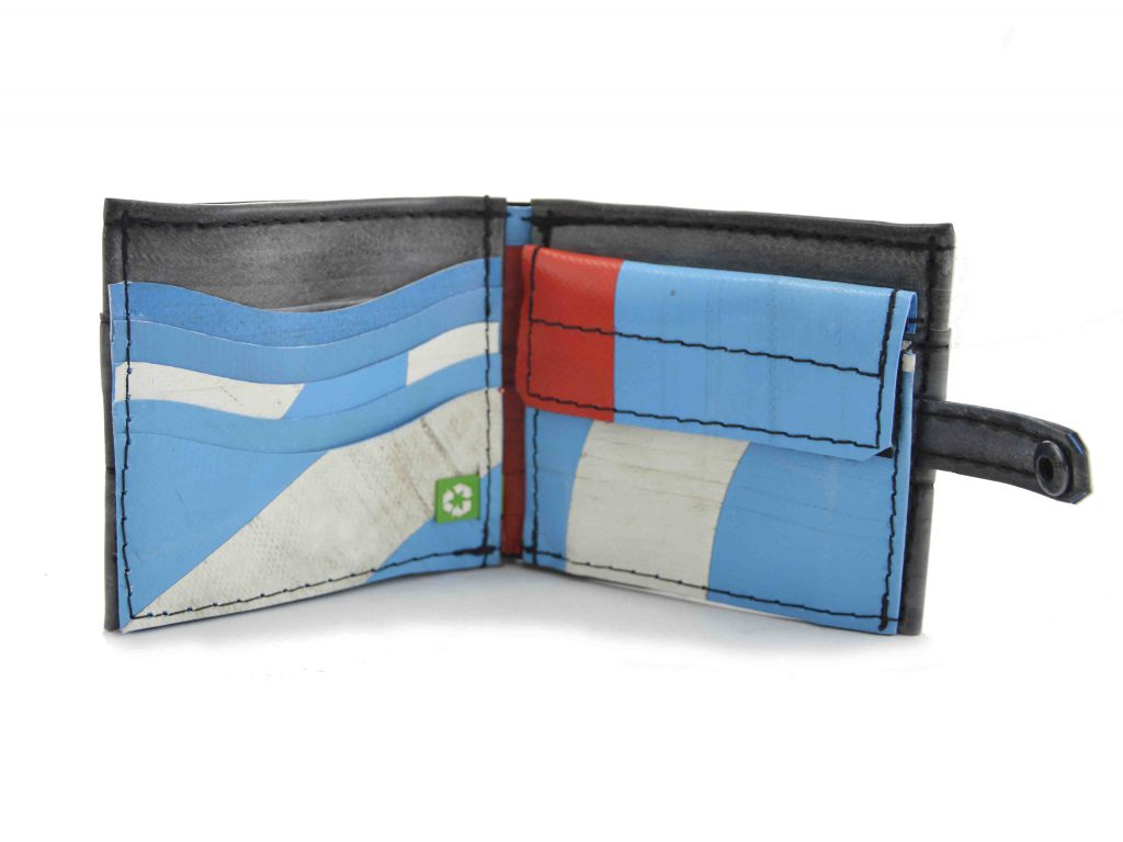 INNER TUBE wallet from waste materials