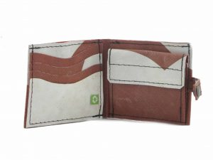 Upcycled-wallet-for-man(1)