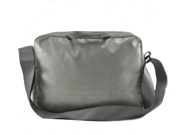 Charlie-xl-upcycling-shoulder-bag(2)