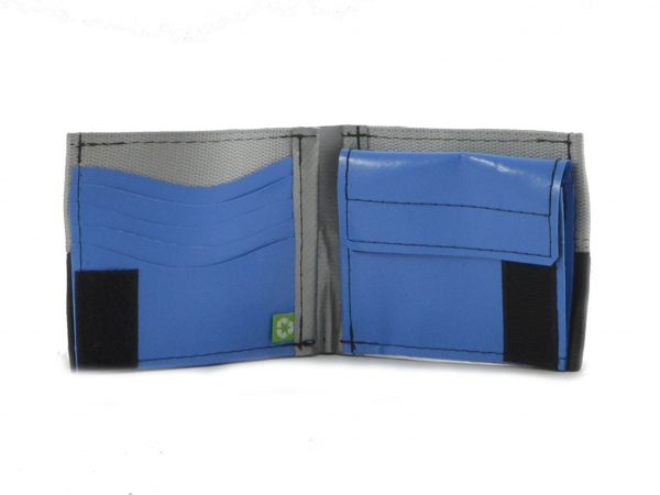 upcycled-seat-belt-wallet2-5