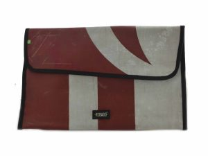 upcycled-laptop-cover-15-inch
